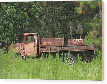 Old Truck Wood Print by Theresa Willingham