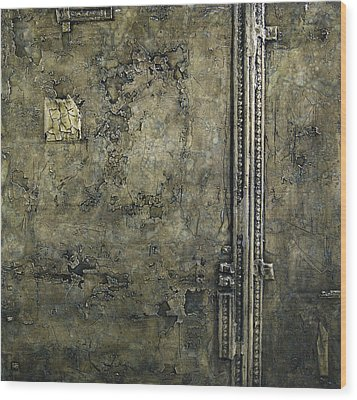 Old Wall Wood Print