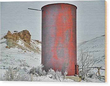 Old Water Tower Wood Print by Eric Nielsen