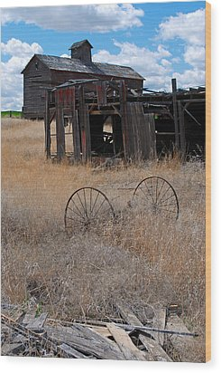 Wood Print featuring the photograph Old Wheels And Barn by Kjirsten Collier