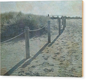 Wood Print featuring the photograph Olde Worlde Beach by Jocelyn Friis