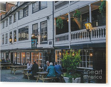 Oldest Coaching Inn In London Wood Print by Patricia Hofmeester