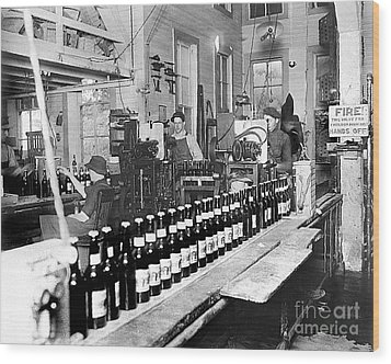 Olympia Brewing Company Bottling Line 1914 Wood Print