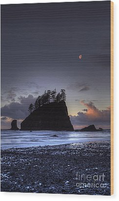 Olympic Nationals Moon Stacks Wood Print by Marco Crupi