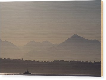 Wood Print featuring the photograph Olympic Tug by Erin Kohlenberg