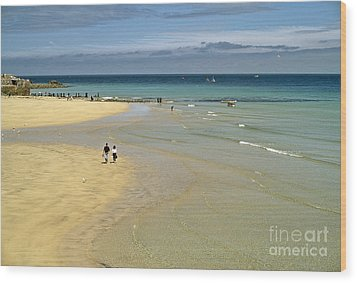 On The Beach St Ives Wood Print by David Davies