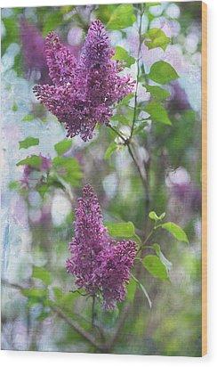On The Bush Wood Print by Rebecca Cozart