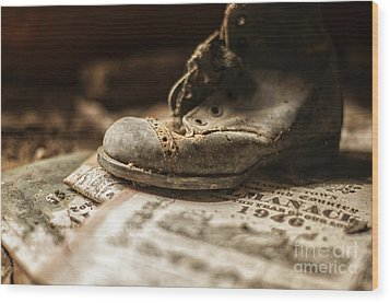 One Single Shoe Wood Print by Terry Rowe