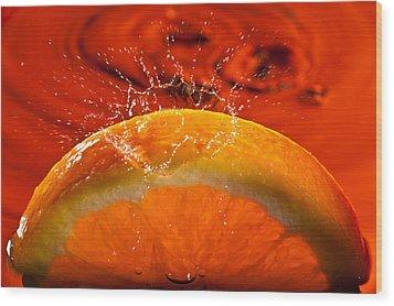 Orange Freshsplash 2 Wood Print by Steve Gadomski
