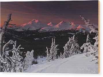 Wood Print featuring the photograph Oregon Cascades Winter Sunset by Kevin Desrosiers