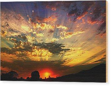 Oregon Crepuscular Sunset Wood Print