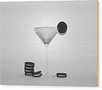 Oreo Happy Hour Wood Print by Bill Cannon