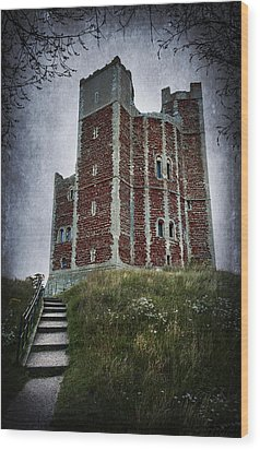 Orford Castle Wood Print by Svetlana Sewell