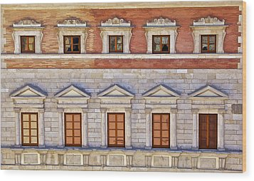 Ornate Carved Stone Windows Of A Government Building In Tuscany Wood Print by David Letts