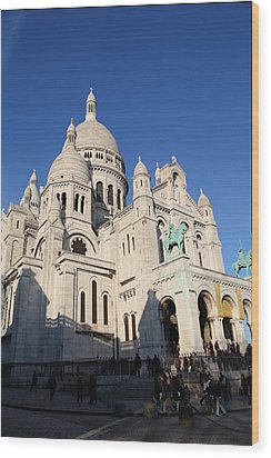 Outside The Basilica Of The Sacred Heart Of Paris - Sacre Coeur - Paris France - 01134 Wood Print by DC Photographer