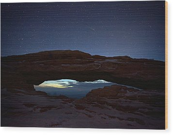 Wood Print featuring the photograph Over The Arch by David Andersen
