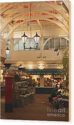 Oxford's Covered Market Wood Print by Terri Waters