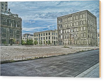 Pabst Brewery Abandonded Seen Better Days Pabst In Milwaukee Blue Ribbon Beer Wood Print by Lawrence Christopher