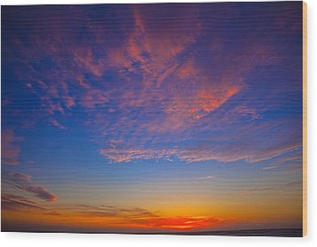 Pacific Coast Sunset Wood Print by Garry Gay