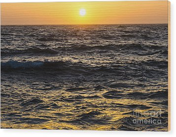 Pacific Reflection Wood Print by CML Brown