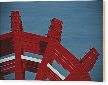 Wood Print featuring the photograph Paddle Wheel On The Mississippi River by Ray Devlin