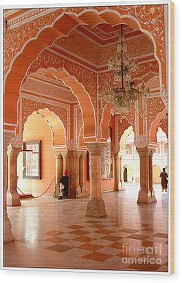 Palace In Jaipur Wood Print by Sophie Vigneault