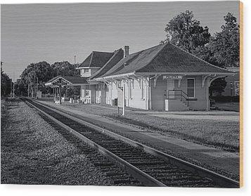 Palatka Train Station Wood Print