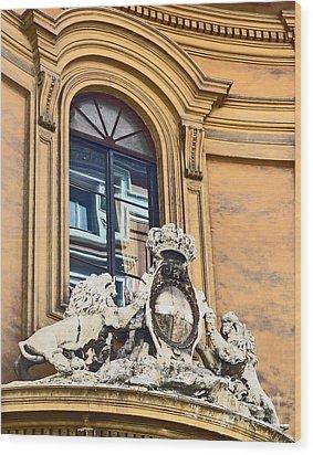 Palazzo Lions Wood Print