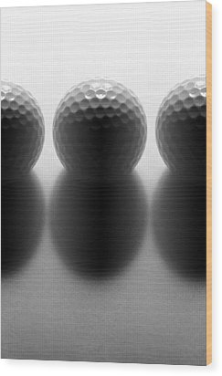 Par 3...golf Wood Print by Tom Druin