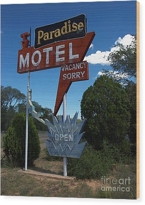 Paradise On Route 66 Wood Print by Mel Steinhauer