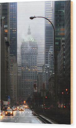 Park Avenue Dawn In Color Wood Print by Dave Beckerman