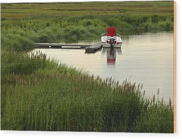 Parker River Boat Wood Print by Gail Maloney
