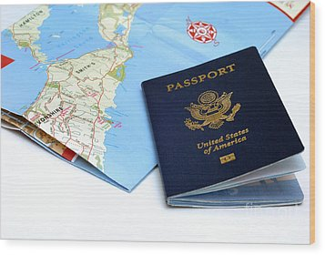 Passport And Map Of Bermuda Wood Print by Amy Cicconi