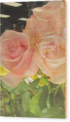 Peach Roses In Greeting Card Wood Print