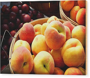 Peaches And Plums Farmers Market Wood Print by Julie Palencia