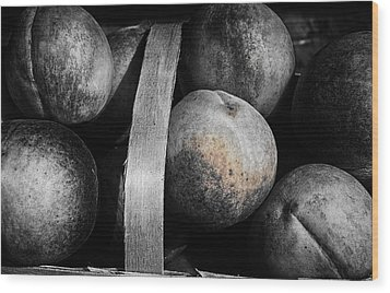 Peaches In A Basket Wood Print by William Jones