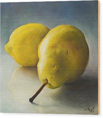Pear And Lemon Wood Print by Anna Abramska