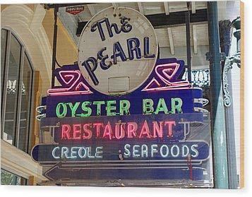 Pearl Oyster Bar Wood Print