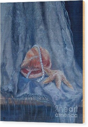 Pearls And Shells Wood Print by Irene Pomirchy