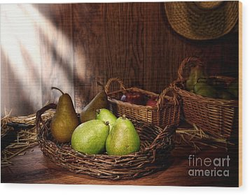 Pears At The Old Farm Market Wood Print by Olivier Le Queinec
