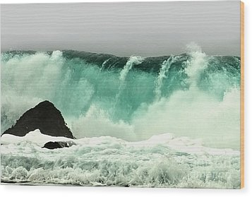 Pebble Beach Crashing Wave Wood Print by Artist and Photographer Laura Wrede