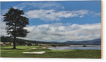 Pebble Beach - The 18th Hole Wood Print by Judy Vincent