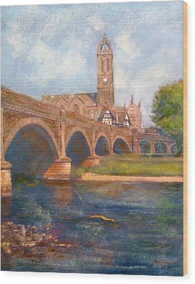 Peebles  Bridge Inn And Parish Church Wood Print