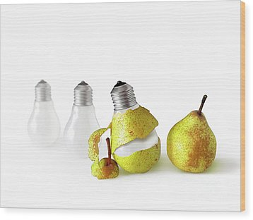 Peeled Bulb Wood Print by Carlos Caetano