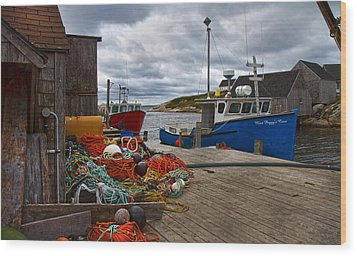 Peggy's Cove 18 Wood Print by Betsy Knapp