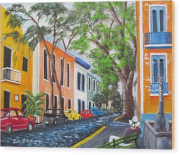 Pensando En El Viejo San Juan Wood Print
