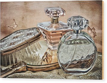 Perfume Bottle Ix Wood Print by Tom Mc Nemar