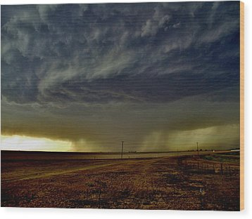 Perryton Supercell Wood Print by Ed Sweeney