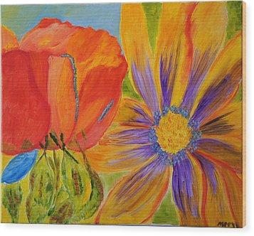 Petals Up Close Wood Print by Meryl Goudey