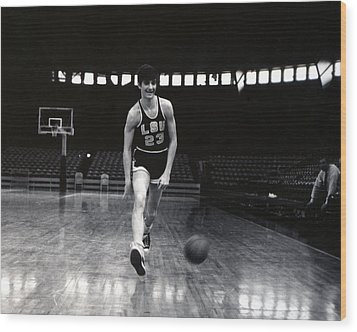 Pete Maravich Dribbling Between Legs Wood Print by Retro Images Archive